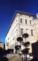 Palais épiscopal construit par le cardinal Bicchi