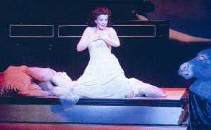 Yvonne Kenny dans The Fairy Queen